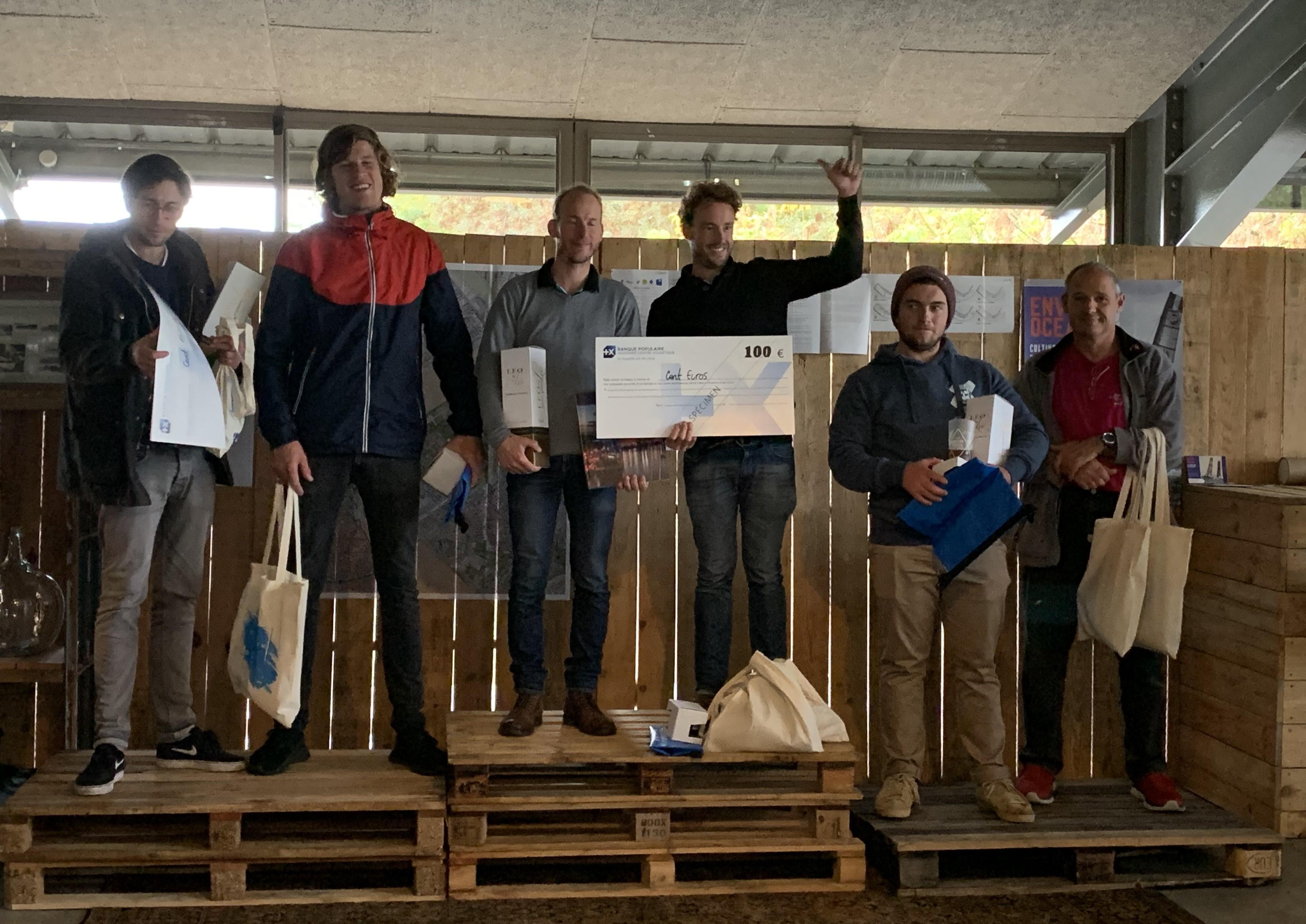 Podium F16 Bordeaux Cata Raid